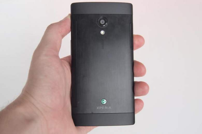 sony-xperia-ion-review-back-flat-800x533-c.jpg
